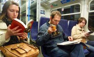 Trayectos gratuitos en transporte público si lees