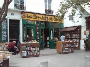 La librería donde puedes quedarte a dormir