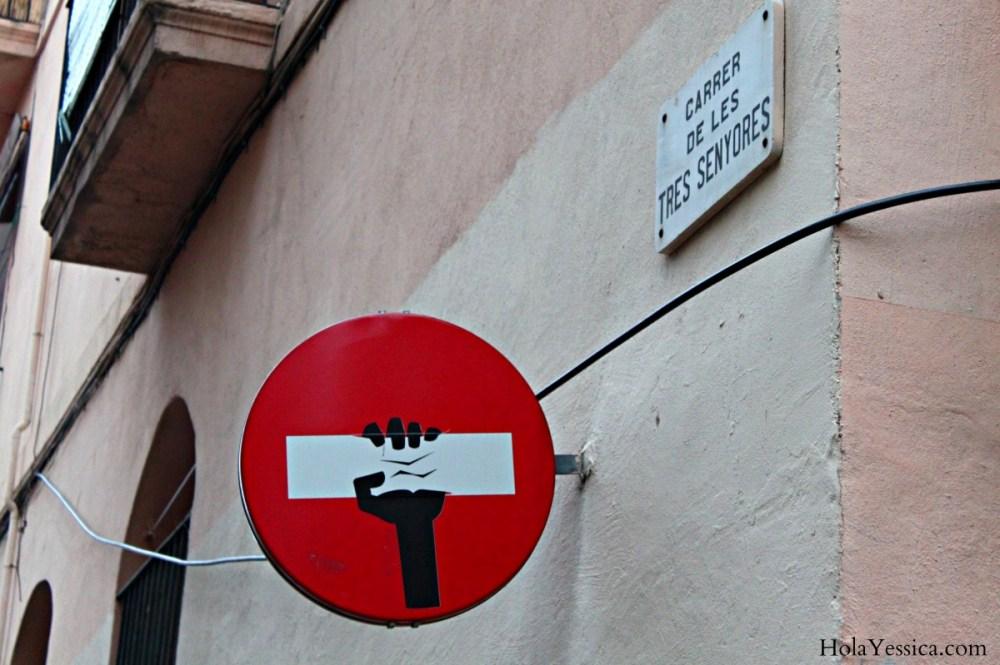 barcelona-street-sign-art