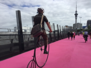 Attracting pedestrians and cyclists by colorful pathway