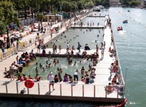Bathing spots at Paris