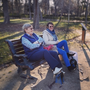 Age-friendly social fitness at public benches in the city