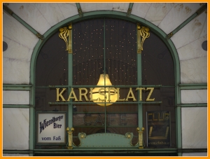 Vienna coffeehouse conversations power a democratic city