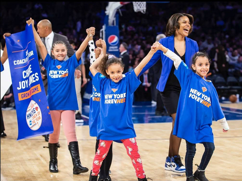 Junior-Knicks-Coach-of-the-year