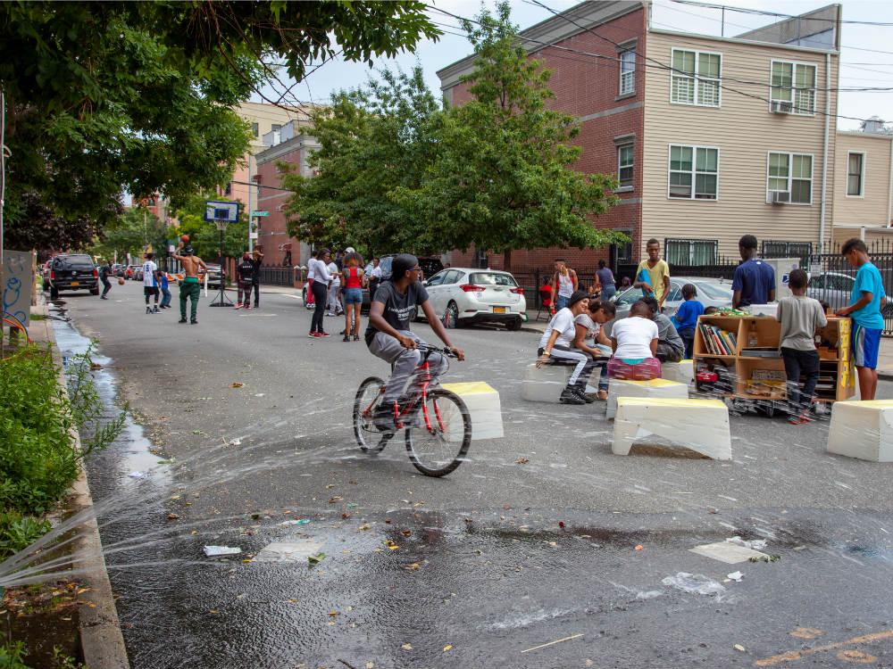 Play-street-Bronx-Lonnie-Hardy