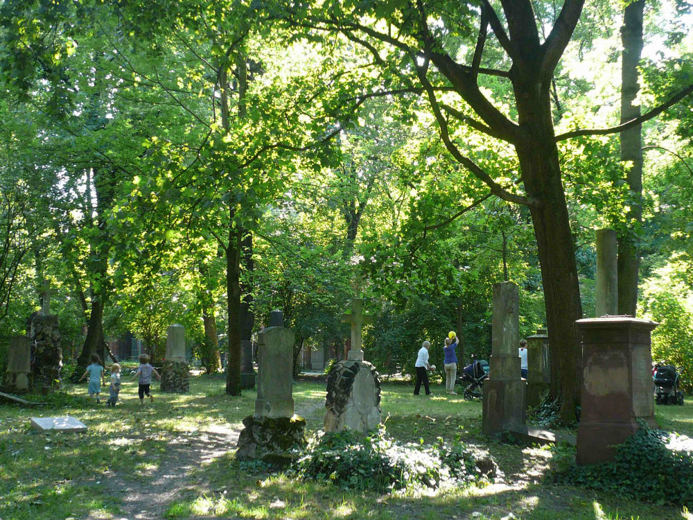 Public-park-old-cementery