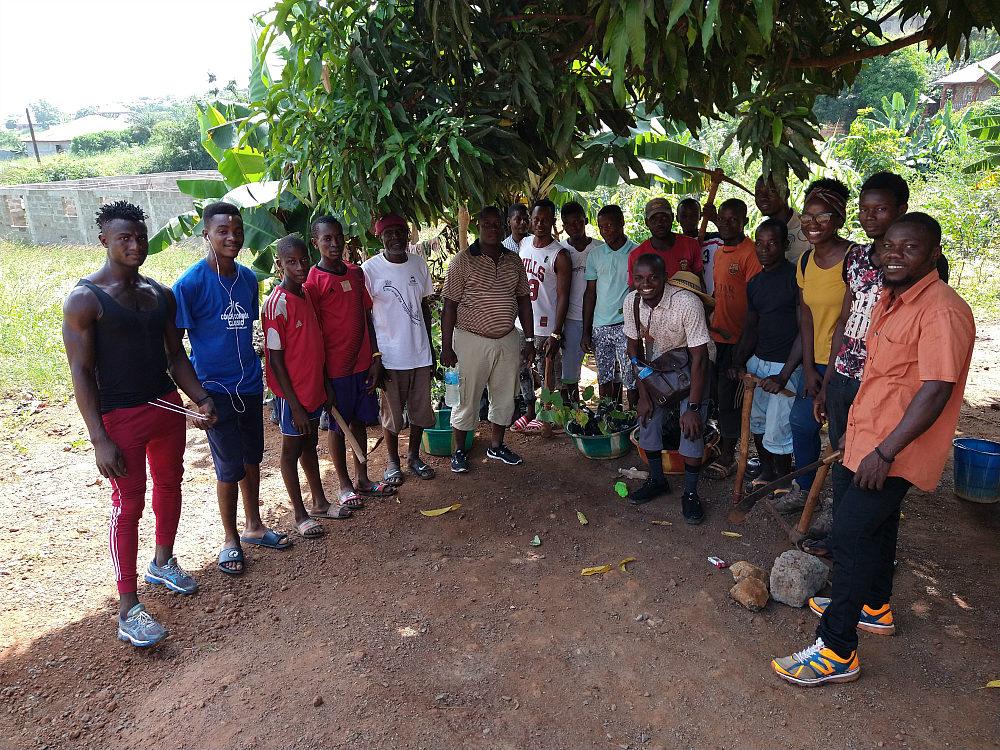 Tree-Planting-Volunteers-Freetown