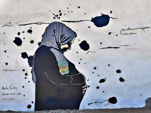 Female street art defies war in Yemen. No peace without women