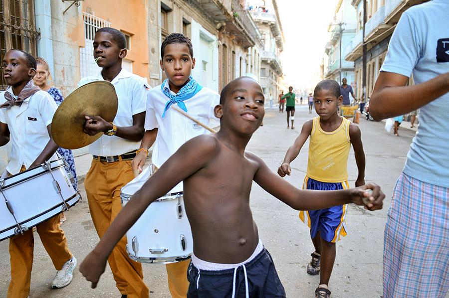 Community-dance-Havana