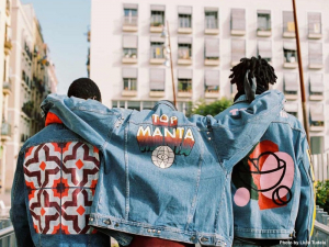 Barcelona wears Top Manta, true clothing made by illegal people
