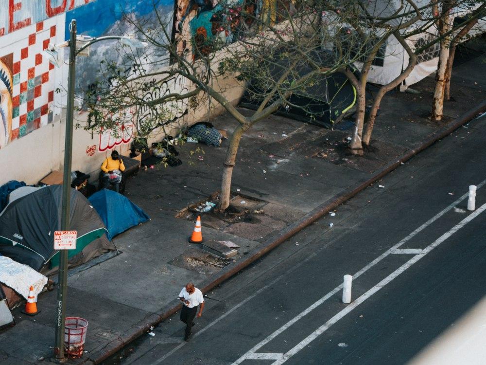 Homeless-encampments-Los-Angeles