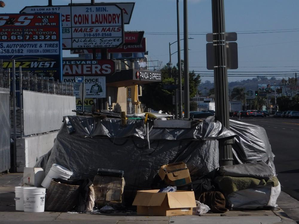 Homelessness-crisis-Los-Angeles